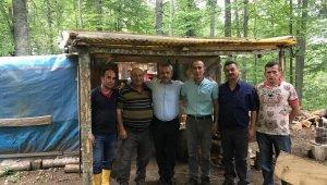 Milletvekili Ünal 'dan sayvanda orman köylüsüne ziyaret