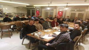 Saadet Partisi'nden gençlerle kaynaşma yemeği