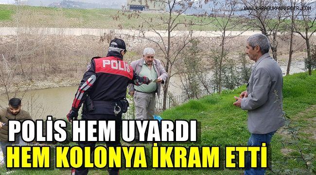 Polis hem uyardı hem kolonya ikram etti.