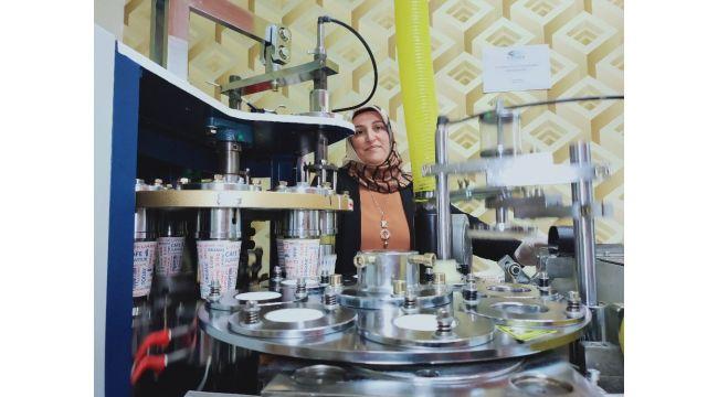 Pandemide artan talebi gördü, KOSGEB desteği ile karton bardak üretimine başladı